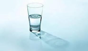 纯净水、矿泉水、山泉水之间有何区别?